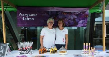 tagora mit Safran-Produkten Setzlingsmarkt Umweltarena Spreitenbach